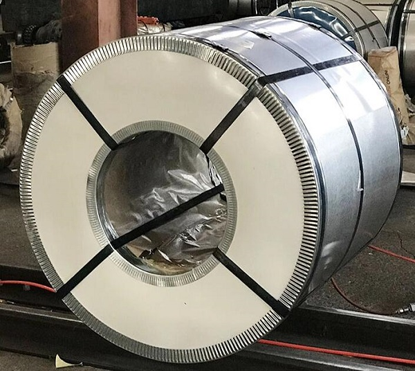 Packaging of prime hot dipped galvanized steel coil for building material